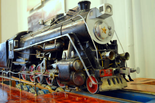 190330-27